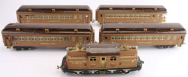 Lionel 408E standard gauge train set with electric engine, four compartmented coaches and original boxes, sold via the Internet for $35,395.82. Noel Barrett Auctions image.