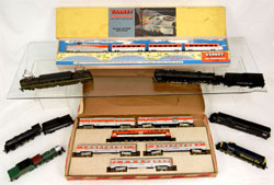 An extensive selection of train sets, loco/tenders and train cars – many with their original boxes – will be offered. Stephenson's Auction image.