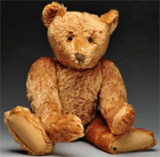 Steiff apricot center-seam bear, circa 1905, 28 in., excellent original condition. Est. $15,000-$20,000. Morphy Auctions image.