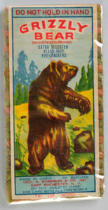 Grizzly Bear 50-pack firecrackers, manufactured by Tai Lee Hong. Mint condition. Est. $1,000-$1,500. Morphy Auctions image.